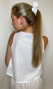 biela madeirová gumička do vlasov