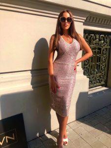 Šaty glamour čipkované