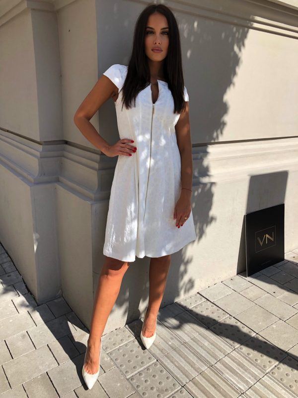 Biele princess šaty