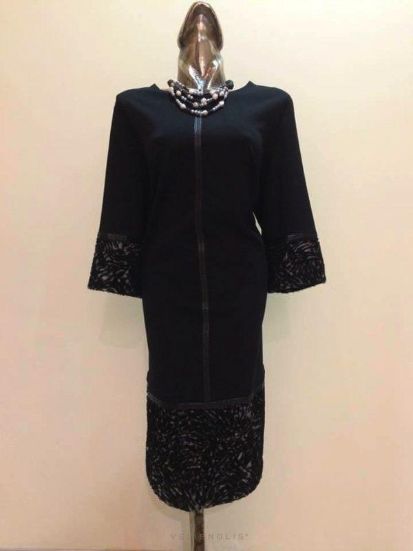 Čierne šaty s ozdobným patentom