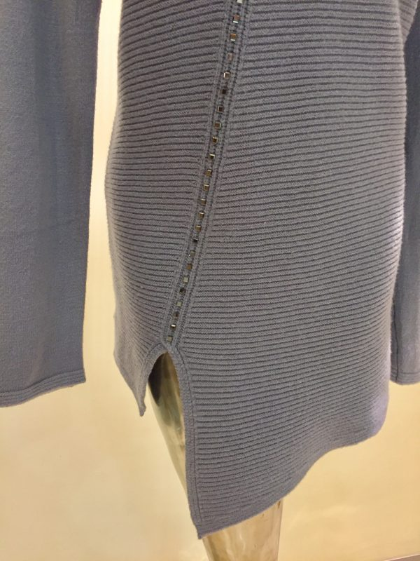 dámsky pulóver z kolekcie pletenín najvyššej kvality