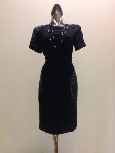 šaty čierne kombinované s imitáciou kože